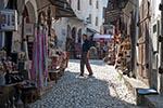 Bosnia_Herzegovina;Bosnian;Bosniak;Herzegovinian;Europe;Balkans;Europa;Yugoslavia;Balkan_Peninsula;UNESCO;World_Heritage_Site;Mostar;Herzegovina_Neretva;Souvenir;sellers;Old_Bridge;area