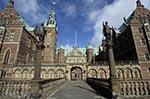 Denmark;Danish;Europe;Scandinavia;Europa;Architecture;Art;Art_history;Renaissance;Entrance;moat;Frederiksborg_Castle
