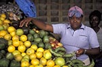 Kenya;Kenyan;Africa;_female;marketplaces;markets;merchants;people;Kenyans;person;persons;people;Kenyans;retailers;salespersons;sellers;shopping;vendors;woman;women;Central_Province;Woman;produce;market;Nyeri