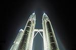 Malaysia;Malaysian;Asia;Southeast_Asia;Architecture;Art;Art_history;Modern_architecture;Modern_art;Post_modern;Kuala_Lumpur;Petronas_Towers;night