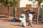Mali;Malian;Africa;West_Africa;Bamako;female;food;heads;people;person;woman;women;Women;persons