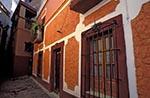Mexico;Mexican;Latin_America;North_America;Central_America;Art;Art_history;Callejon_del_Beso;Guanajuato;Historic_Town_of_Guanajuato_and_Adjacent_Mines;Kissing_Alley;Sierra_Madre;UNESCO;World_Heritage_Site;Architecture
