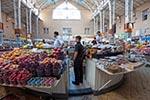 Ukraine;Ukrainian;Europe;Eastern_Europe;Europa;Central_Market;Kiev;Kyiv;marketplaces;markets;merchants;Produce_vendors;retailers;salespersons;sellers;shopping;Soviet_Union;vendors;persons;people