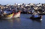 Vietnam;Vietnamese;Asia;Indochina;Southeast_Asia;boats;fisherman;fishermen;fishing_industry;transportation;vessels;Phan_Thiet;Binh_Thuan;Fishing;boats;Phan_Thiet;River